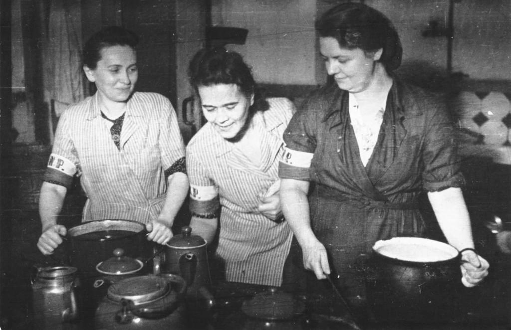 Lokajski_-_Stołówka_powstańcza_w_Adrii_(1944)
