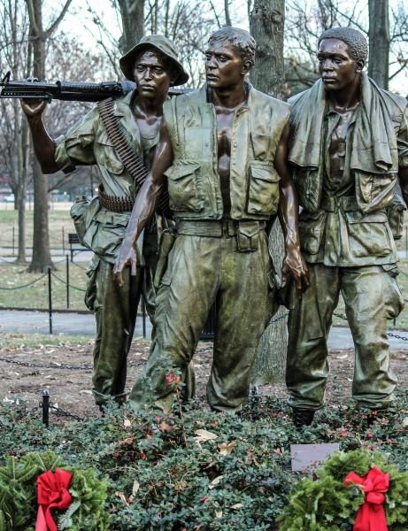 vietnam-soldiers-memorial-232532