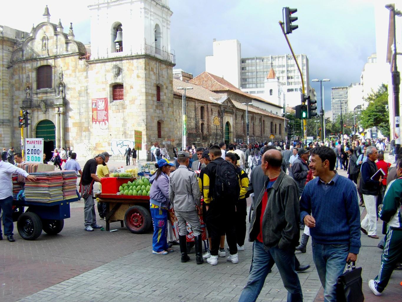 Kościół Świętego Franciszka w Bogocie przy głównej arterii stolicy.