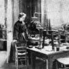 Prof. Philippe COMBE: Olbrzymi krok ku współczesnej nauce. Niezwykłe życie Marii Curie-Skłodowskiej