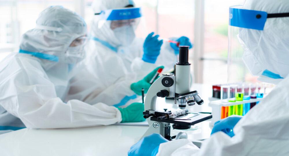 Piotr GERLACH: Szczepionka mRNA przeciw SARS-CoV-2. Nowy rozdział w historii szczepień