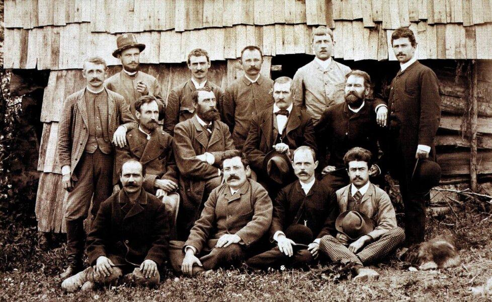 Andrzej KRAJEWSKI: Oil Revolution Started with the Poles
