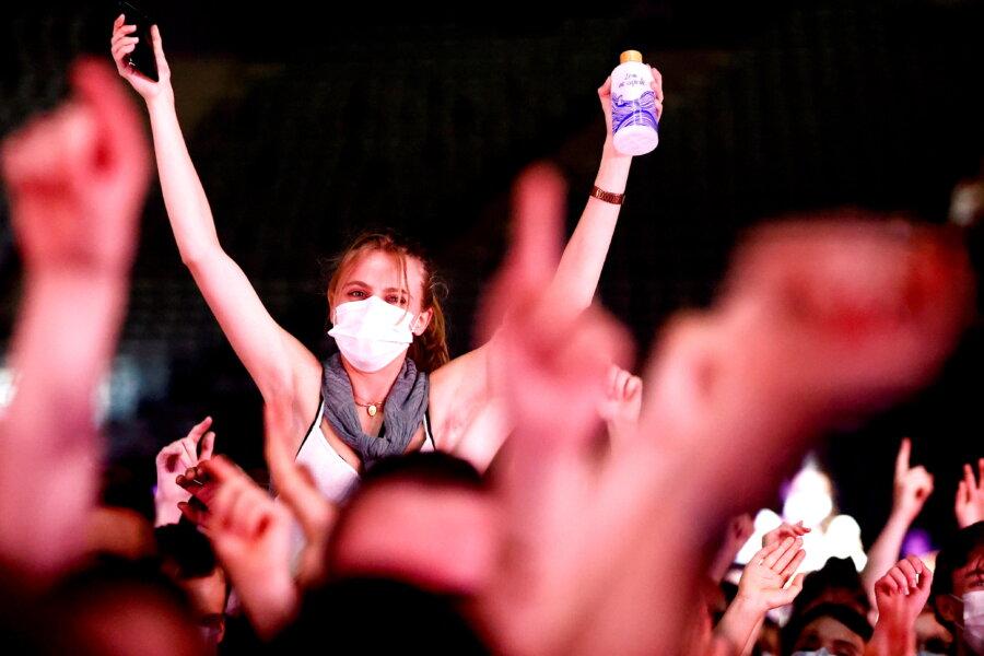 Jan ROKITA: Bunt periojków. O szczepionce, która daje wolność